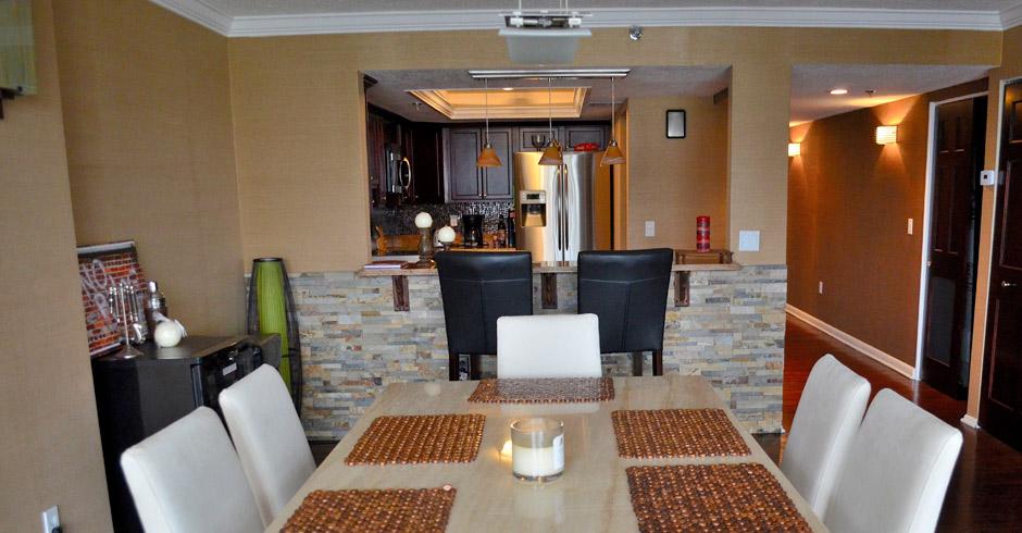 530-Central—Dining-Room